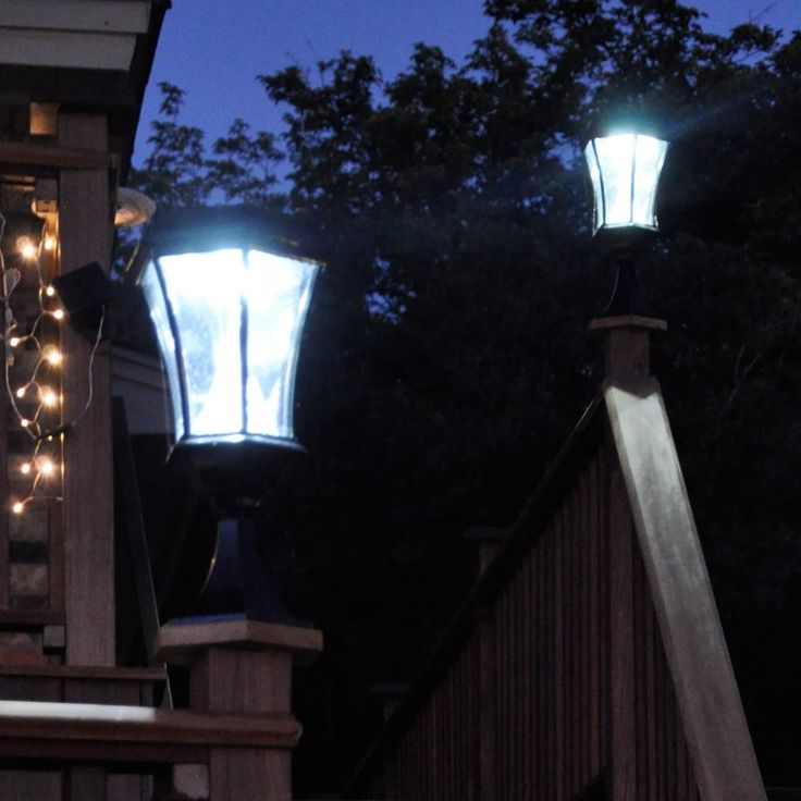 Gama Sonic Victorian Solar LED Light Fixture with Mounting Kit - 94033