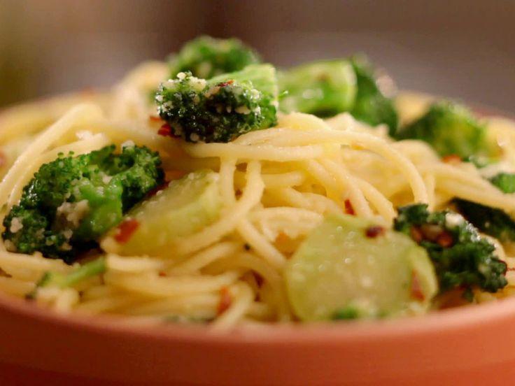 Spaghetti and Broccoli Aglio Olio from FoodNetwork.com