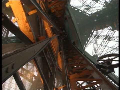 ▶ C'est pas sorcier - Tour Eiffel - YouTube