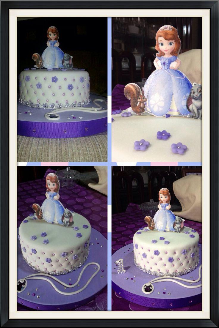 Torta princesa sofia cake: Sofia Cake, Tortas Princesa, Princesa Sofia, Princesita Sofia, Princesses Sofia, Deco Tortas, Pastel Sofia, Pastel Fondant