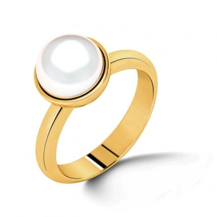 Simple and elegant; the Simplicity Pearl Ring is designed in a unique fashion with a  5 carat pearl set in plain yellow gold. Match with simple pearl studs to complete the minimalist, elegant look.