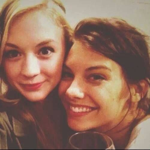 Emily Kinney & Lauren Cohan