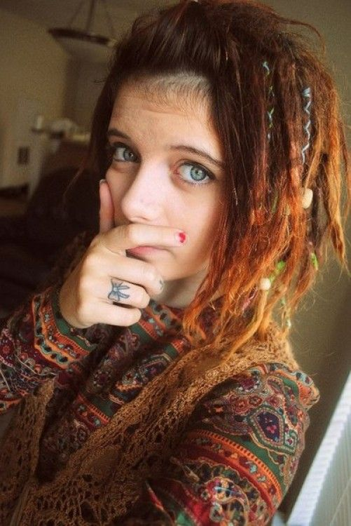So lovely. Short dreads and red color! I might want to color my hair too..