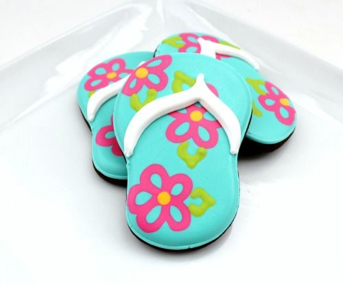 From this site:  http://tidymom.net/2011/decorated-flip-flop-cookies/