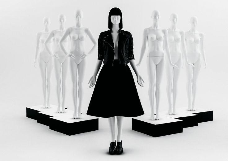 ONE Collection #MoreMannequins #FemaleMannequin #WindowDisplay #runway