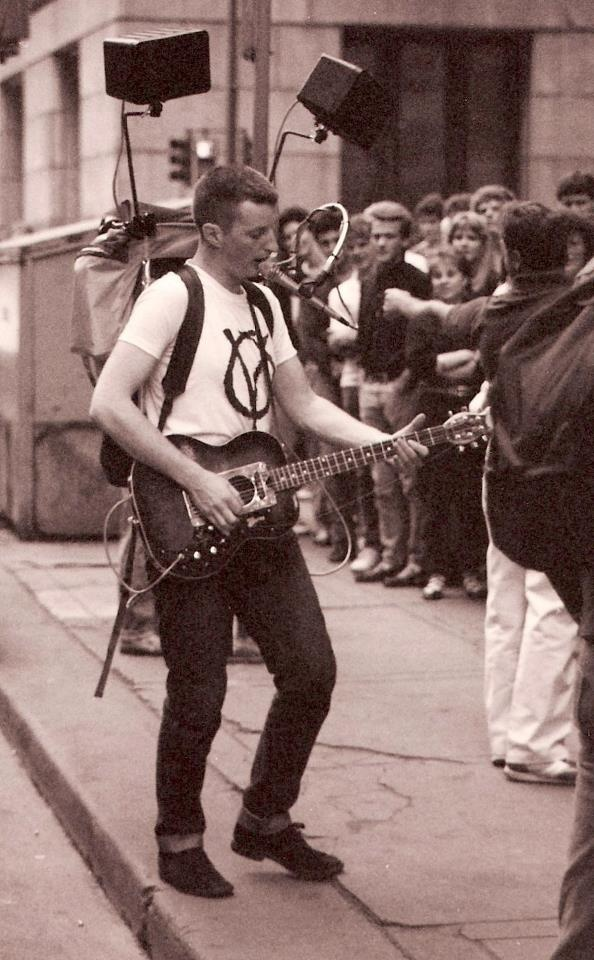billy bragg - our modern English Woody Guthrie. He makes people think a little, which is painful for some.