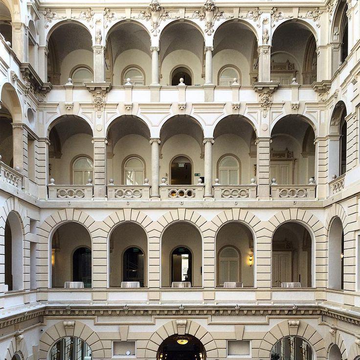 #boscolobudapest #hotelcrush #ihavethisthingwithhotels #archidaily #archilovers #architecture #architectureporn #architecturelovers #architecturedetail #archi #architexture #architecturephotography #architecture_hunter