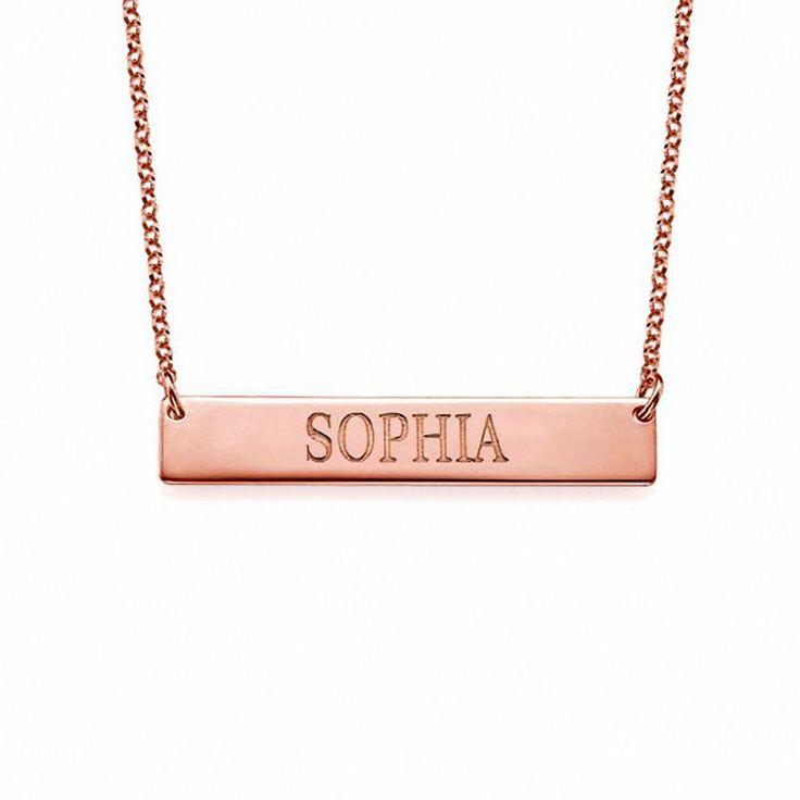 Collar con baño de Oro Rosa con una Barra con el nombre modelo Elda. Collar de Plata 925 con baño de Oro Rosa de 18K con un colgante en forma de barra y personalizado con el nombre grabado en letras mayúsulas.  (Ref.29048-02)