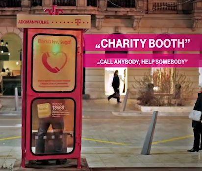 T-Mobile crea la cabina telefónica de la caridad