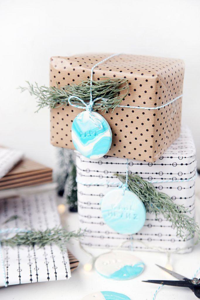 Meine Geschenke für Weihnachten hab ich meist eher Last-Minute zusammen – ich hab jetzt zwar soweit die meisten Sachen, das liegt aber allein daran, dass ich mich heute schon auf den Weg Richtung Weihnachten mache – ich bin ja morgen im ARD-Buffet zu Gast und das ist schon mal die richtige Himmelsrichtung. Aber es spricht...