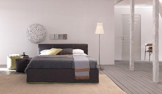 Letti matrimoniali | Letti-Mobili per la camera da letto | Sun. Check it out on Architonic