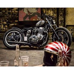 """Classic Machines """"tour de chauffe"""" #bikeexif #motorcycle #moto #biker #motocruiser #returnofthecaferacers #caferacer #caferacersofinstagram #caferacerxxx #bobber #helmet #party #beer #rocketgarage #caferacergram #bobbersnchoppers #usa #france #caferacerxx (Guillaume Ducasse Photography) Tags: instagramapp square squareformat iphoneography uploaded:by=instagram"""