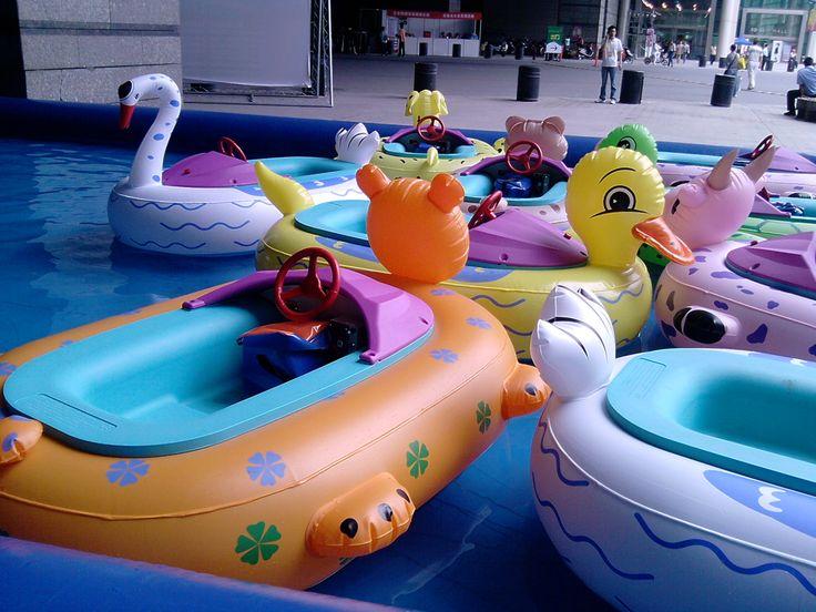 Botes chocones Animales bumper boats conocidos como AquaBoats son la nueva sensación para los niños y una excelente oportunidad de negocio con altos retornos. Botes chocones con diferentes modelos y sistemas. Ingresa a http://aqua-orb.com o a http://www.esferasacuaticas.net