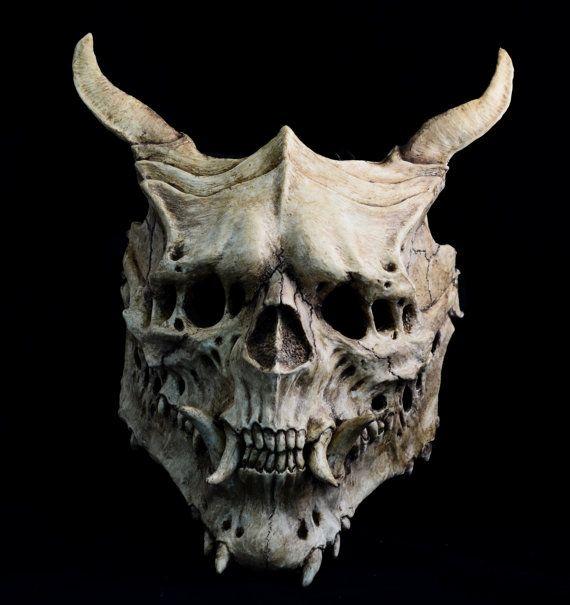 присылают картинки черепа монстр посещал музыкальную