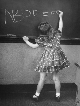 Het schoolbord....de krijtjes en de wisser