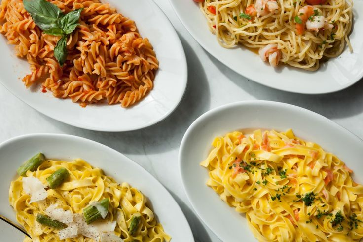 Wir heart emoticon Pasta. Pasta ist einfach zu kochen, endlos vielseitig und verleiht Energie. Pasta kann fast alles – nur eines nicht, falsch gekocht zu werden.   Hier sind unsere 5 Tipps, damit jede Pasta immer perfekt gelingt!