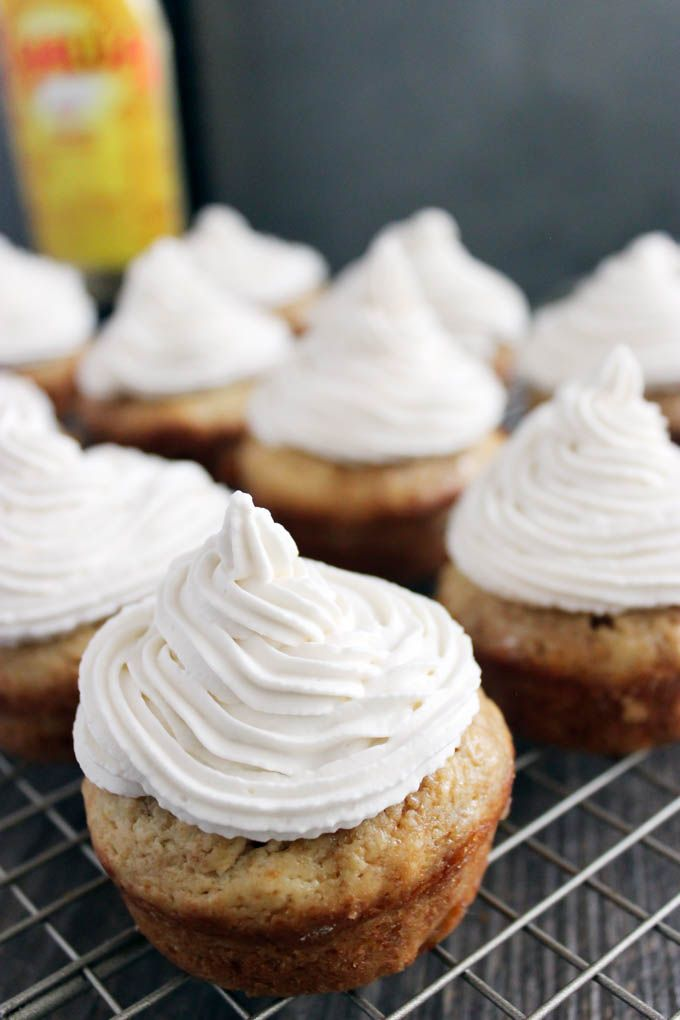 Boozy White Russian Cupcakes