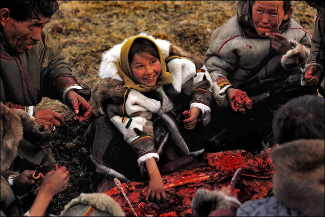 Kid Eskimo Raw Meat Happy Eating Community Tribe Culture