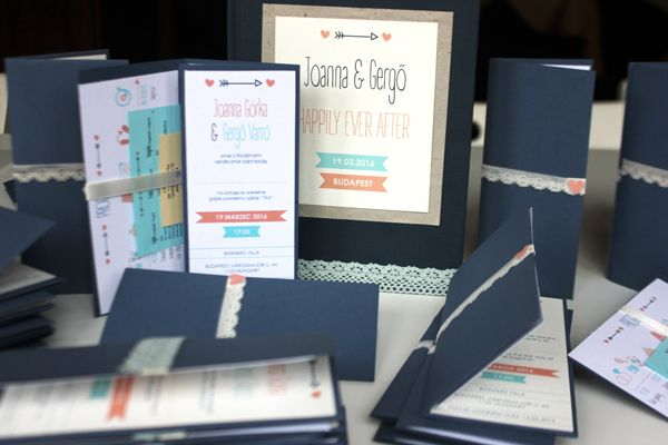 Handmade wedding printouts in navy blue, peach and turquoise  | Varró Joanna…