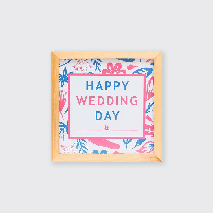 JAN16-08 // Happy Wedding Day // Dengan desainnya yang manis, hiasan dinding ini cocok menjadi kado pernikahan kerabat dan sahabat tersayang. Happy wedding!