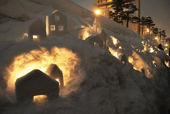 Scott's Japan Travel Journal: Otaru Snow Light Path Festival