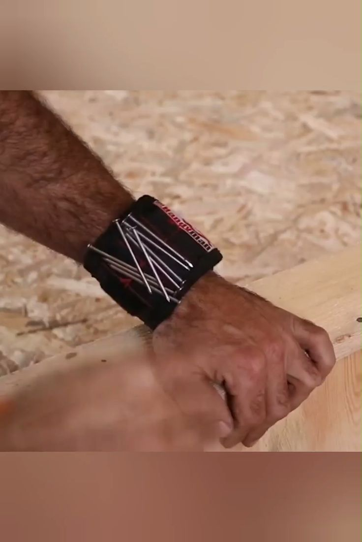 Handyman Pouch Magnetic Wristbands – ⭐⭐⭐⭐⭐ (5/5)