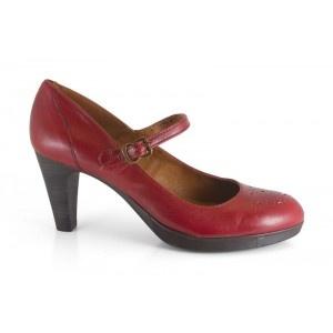 Zapato de la marca Mikaela. 12309-226A Savage Amaranto. Made in Spain. Calzado a la venta en la tienda online http://www.2feet-online.com