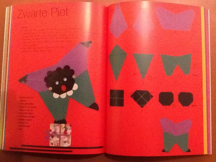 Zwarte Piet van vliegers vouwen (Thea van Mierlo)