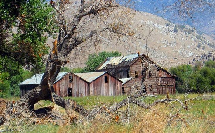 Kern County day trips things to do on vacation. Kern River, Lake Isabella & Sequoia National Monument. Kern County located in California's Central Valley