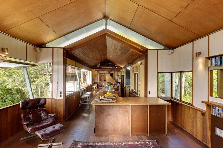 Modern House: West Head House by Peter Stutchbury
