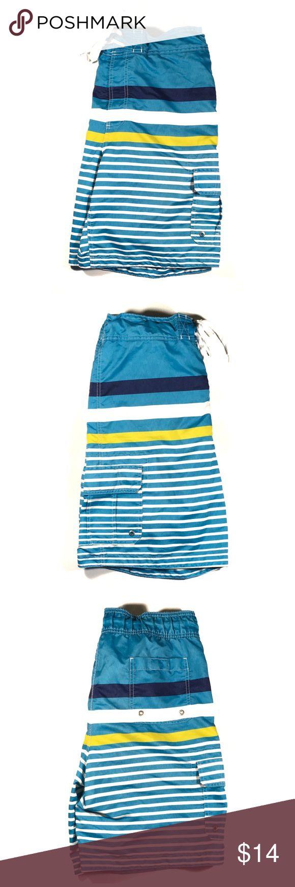 Merona Men's Swim Trunks Men's swim shorts with cargo pockets. Velcro/tie waist. They have the netting in them. Merona Swim Swim Trunks