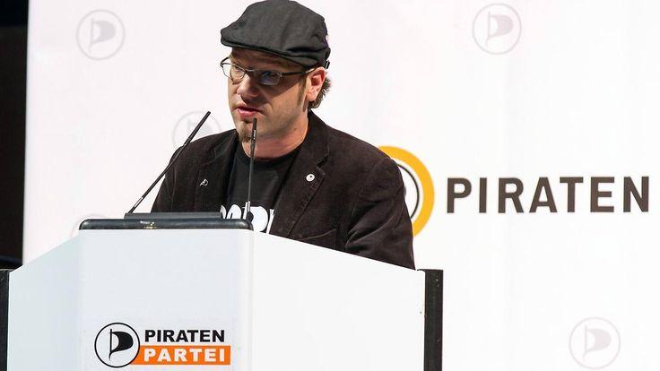 Rauf auf den Schleudersitz: Claudia Schiffers Cousin führt Piratenpartei