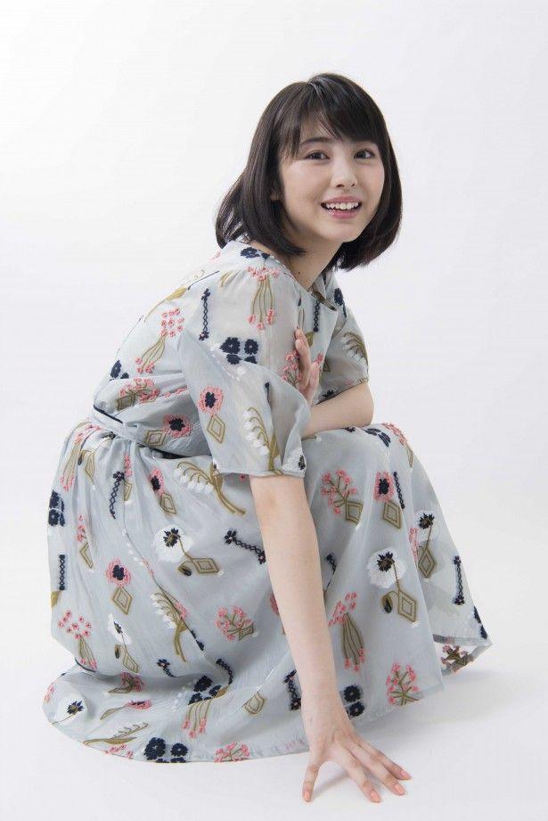 キミスイ主演・浜辺美波「17歳はハンバーグ寿司にも挑戦します」、写真集未収録カットを独占公開! 【 19 / 21 】|ウォーカープラス