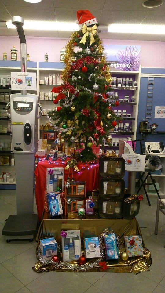 Decoración Navidad #NosEncanta Felices Fiestas des de Farmacia Montmany!