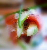 Эликсир молодости: Копченый лосось с огурцом