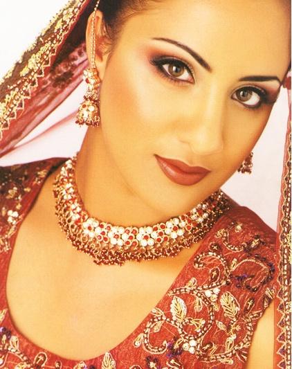 Makeup artist: Tina Prajapat Publication: Asian Woman www.hairmakeup.co.uk