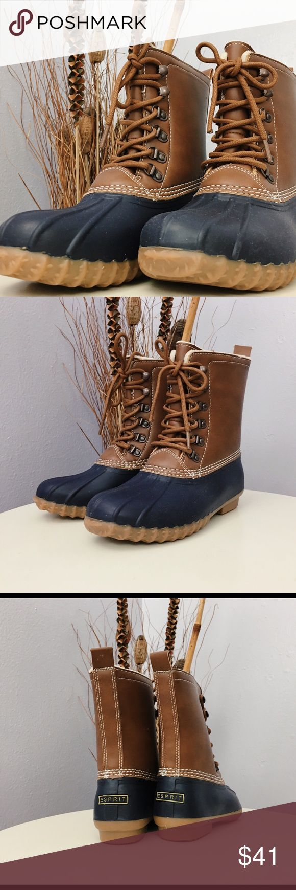 "Esprit Women's Lace Up Duck Boot Whiskey Navy Sz 6 Brand new with box Lace up Duck Boot Whiskey/navy color. Size 6M Shaft height: approx 7.5"" Circumference: approx 12"" Style # 1000122757 Esprit Shoes Lace Up Boots"