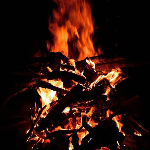 #tábortűz #turatajolo_campfire #campfire #night #sátrazás #éjszaka #hétvége