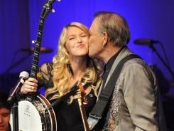 Glen Campbell and his daughter serenade Congress to raise awareness about Alzheimer'sWednesday Night, Alzheimers Disease, Alzheimer'S Association, Glen Campbell, Alzheimer'S Disease, Daughters Ashley, Alzheimers Association, Library Of Congress, Night Performing