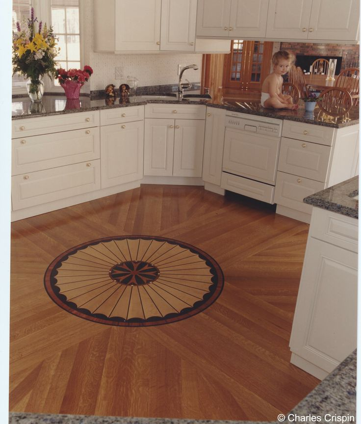 33 best images about hardwood floor medallions on for Wood floor medallion designs