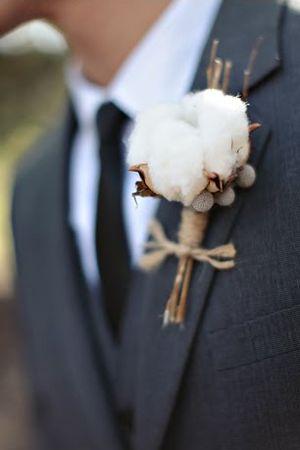 Wedding tie - Photo by Jasmine Star (www.jasminestarblog.com)