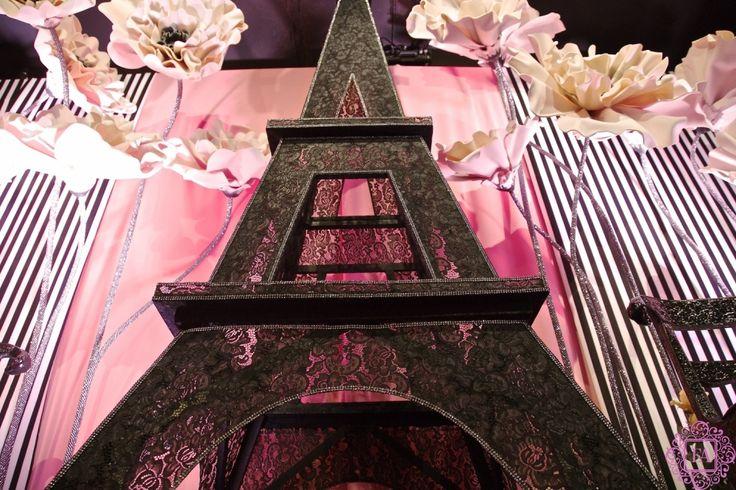 Эйфелева башня из кружева, оформление в стиле Париж