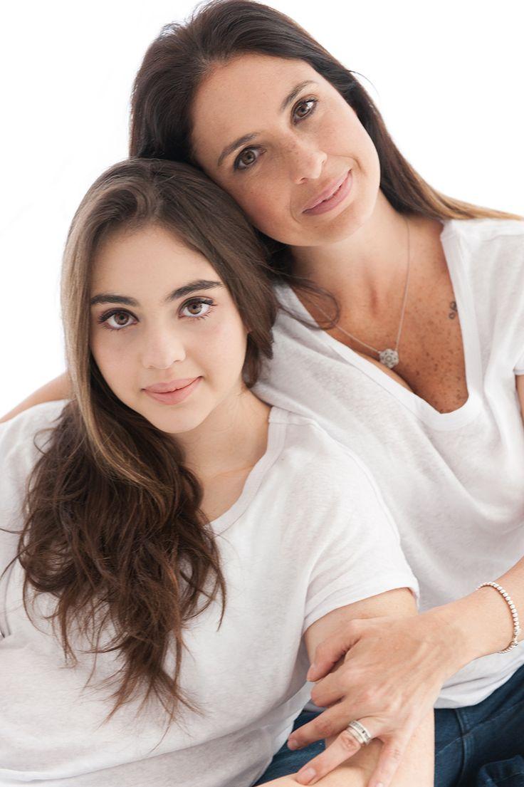 Retratos mãe e filha por @lauraalzueta