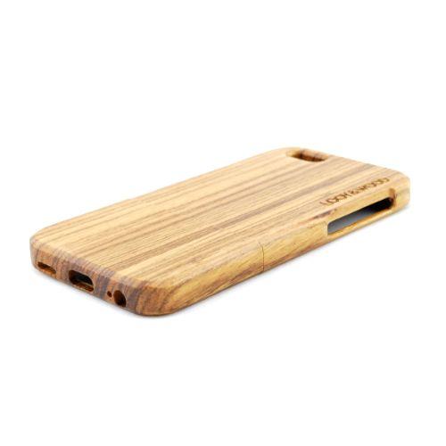 Jij bent een trotse bezitter van een iPhone 6 , 6S of 6+. Uiteraard wil je deze op een juiste manier beschermen. De pasvorm van ons houten telefoonhoesje Uluru zorgt hiervoor. Daarnaast geeft dit houten telefoonhoesje jouw iPhone 6 of 6+ een nog toffere look! Dit wordt met name veroorzaakt door de pure houtstructuur van het Zebra hout. http://www.looyenwood.nl/product/houten-telefoonhoesje-uluru/