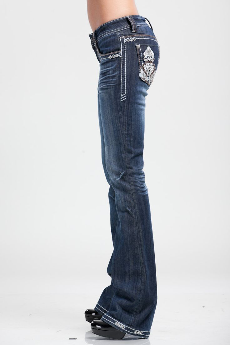 Ladies Jeans, Wrangler Jeans, Womens Jeans, Jeans Online, Denim, Blue Jeans, Western Wear, Western World Saddlery, Caboolture, Brisbane.