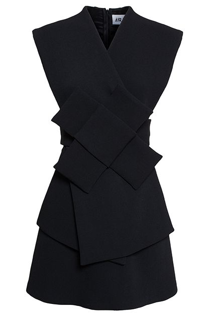 5 Dress Trends, 30 Flawless Work-Ready Styles #refinery29 http://www.refinery29.com/work-shift-dresses#slide14