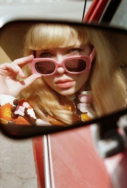 soft bangs - Tavi Gevinson Petra Collins oyster mag