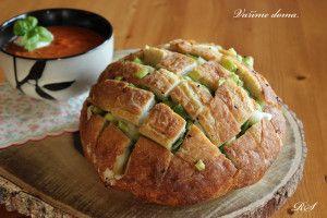 Zapečený plněný chleba