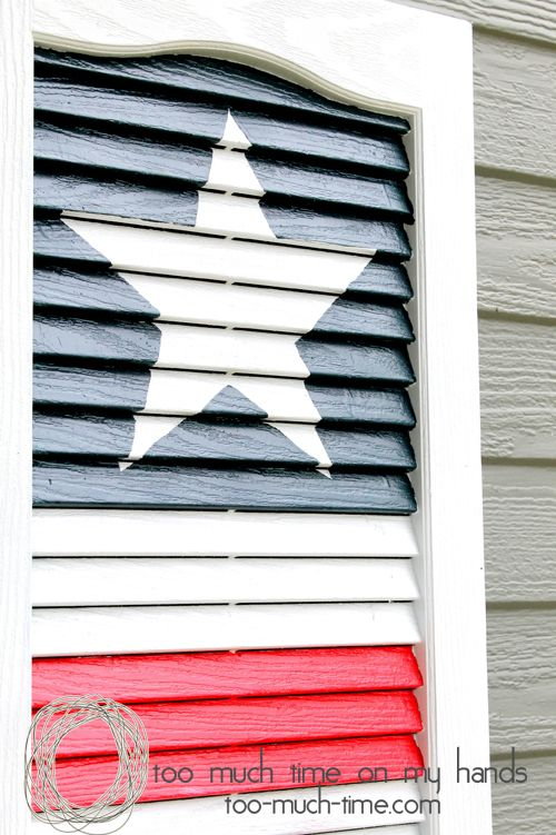 Upcycle an old shutter into a flag for the 4th of July! || @Too Much Time On My Hands- Kim Hanou