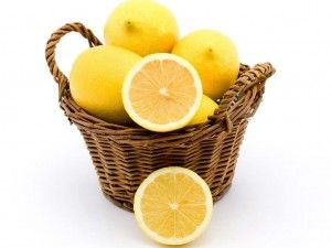 Other Than Vitamin C, Which Healthy Things Are in Lemons?